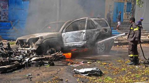 Somalia car bomb death toll mounts to 13