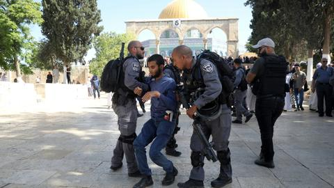 Clashes erupt after Israeli settlers tour Al Aqsa Mosque