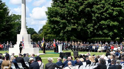 D-Day 75: Nations honour veterans, fallen troops