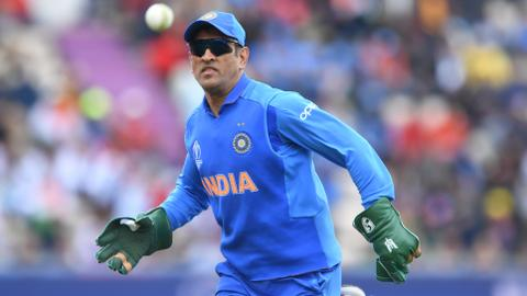 World Cup organisers tell India's Dhoni to take military badge off gloves