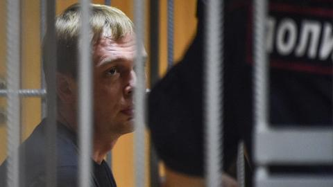 Kremlin 'monitoring' case of detained reporter