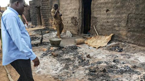Malian governor removed after village massacre