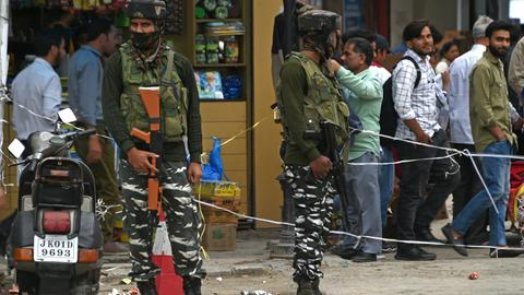 Five Indian soldiers killed in Kashmir rebel ambush