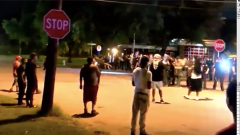 Violence erupts in Memphis after US marshals kill suspect