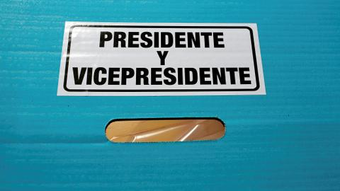 Guatemalans to choose president amid distrust, flight to US