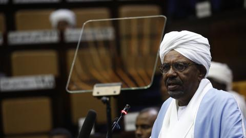 Ex-leader Bashir at prosecutor's office for questioning – Sudan unrest