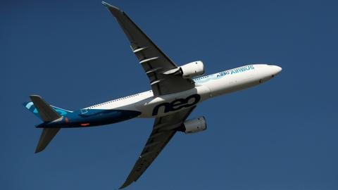 Airbus launches new A321 jet, Boeing apologises for MAX crisis