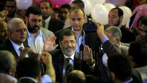 What were Morsi's hopes for his country and who derailed them?