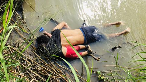 Images of drowned two-year old migrant girl and father stir outrage
