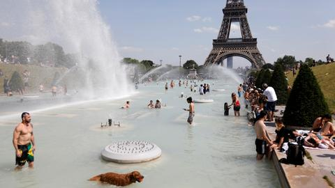 In pictures: Europe swelters under a heatwave
