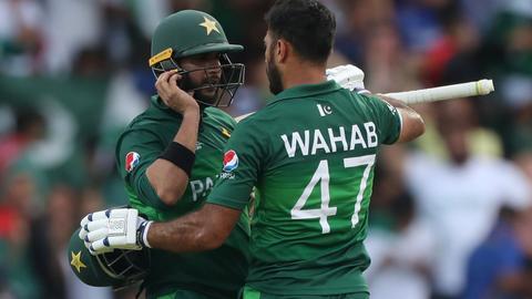 Pakistan edge Afghanistan in Cricket World Cup thriller