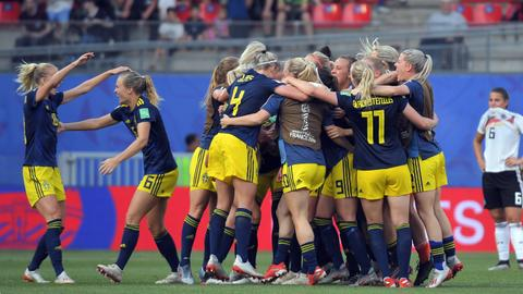 Sweden smash Germany's hopes of third women's World Cup win