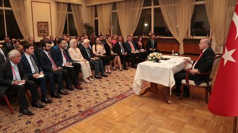 Erdogan says he is open to mediate talks between US and Iran