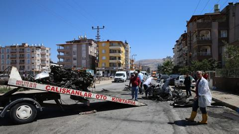 Car blast kills three Syrians in southern Turkey