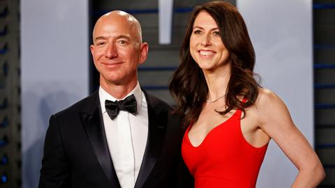 Amazon's Bezos finalizes divorce with $38B settlement - report