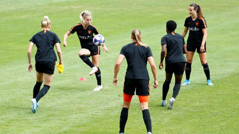 Football: Netherlands like underdogs tag in WC final with USA