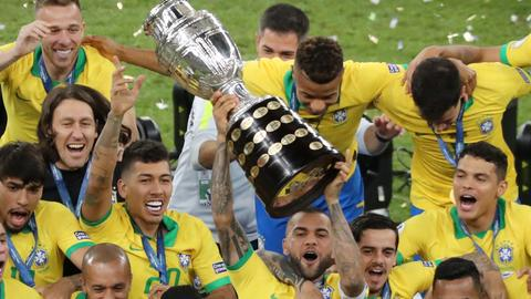 Brazil beat Peru to win first Copa America title since 2007