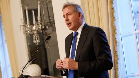 UK hunting mole behind leak of envoy's Trump missives