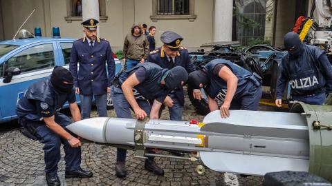 Italian police seize missile from right-wing extremists