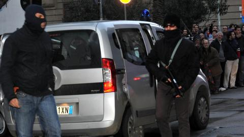 Italian, US police make arrests as Mafia clan looks to regroup