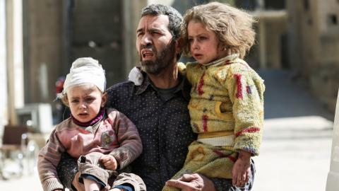 Air strikes in Syria kill at least 32