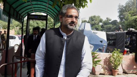 Pakistan's ex-prime minister Abbasi arrested on corruption charges