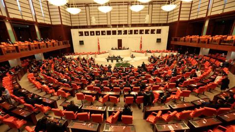 Turkish Parliament condemns EU suspending talks