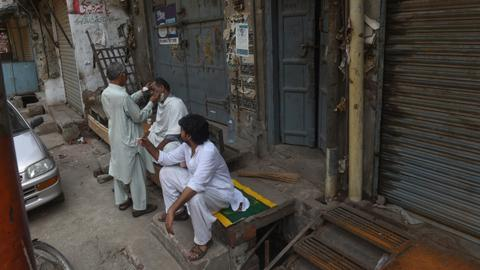 Soaring prices, rising anger in Imran Khan's Pakistan