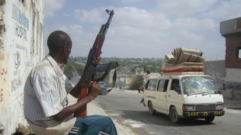 Militants launch attacks on European and US military targets in Somalia