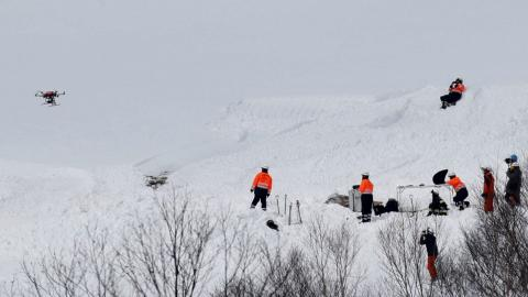 Japan launches probe into deadly avalanche