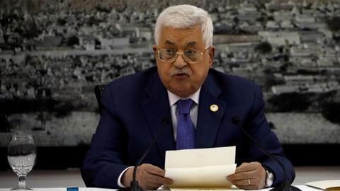 Palestinian president suspends all deals with Israel