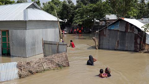 Bangladesh flood death toll climbs to 104