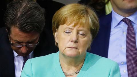 Will Angela Merkel leave the chancellorship before 2021?