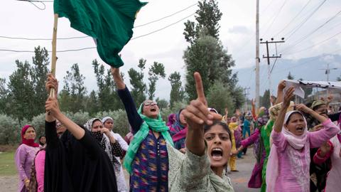 India to bring in food supplies to Kashmir as curfew continues