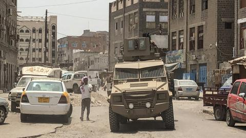 UAE-backed separatists pull back after seizing Yemen's Aden