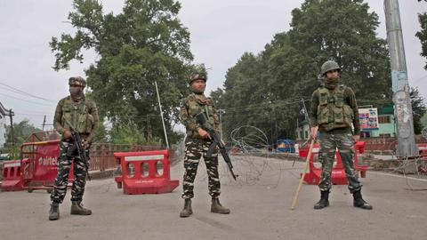 Kashmir lockdown: I tell myself — 'Mad heart. Be brave'