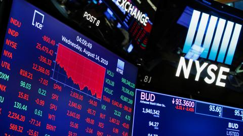 US stock indexes end mostly higher after volatile day