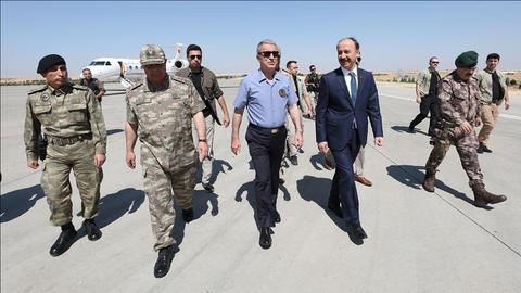 Turkish defence minister at Syria border for safe zone