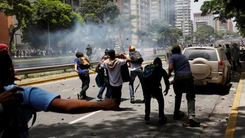 Anti-Maduro protesters clash with security forces in Venezuela