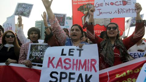 Pakistan plans to take Kashmir dispute with India to ICJ