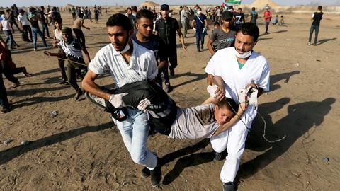 Israeli fire injures 70 Palestinians near Gaza fence