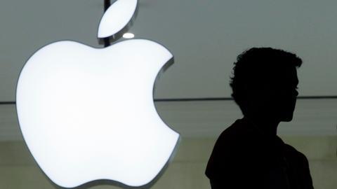 Apple to stop default practice of keeping Siri recordings