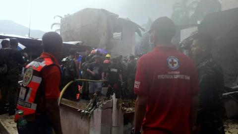 All nine aboard medical evacuation plane killed in Philippines crash