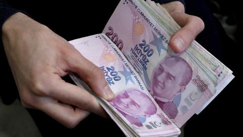 Turkey's economy grows 4.5 percent in Q1