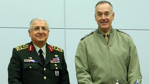 Turkish, US military chiefs discuss Syria safe zone