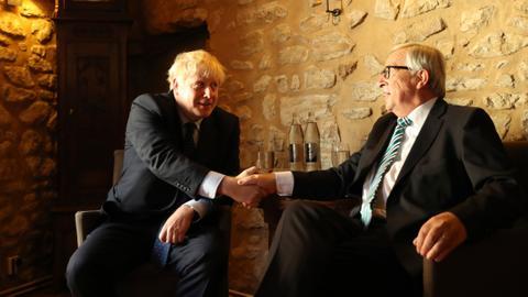 No visible breakthrough from Johnson, Juncker Brexit talks