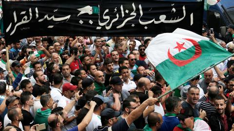 Algerians fight to keep protests alive, as counter-revolution stirs