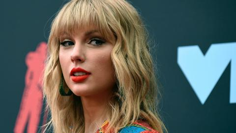 Taylor Swift cancels Melbourne Cup gig after criticism
