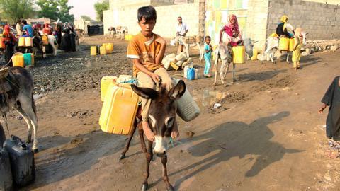 Two million children out of school in war-torn Yemen – UN