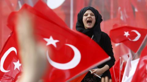 Polls open for Turkey's historic referendum